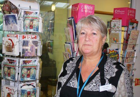 Volunteer Sandy Carter
