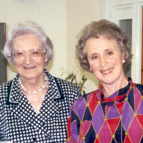 Dr Mary Baines with Dame Cicely Saunders in
