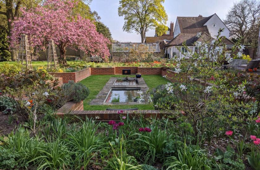 Manor Way Sunken Garden for Web