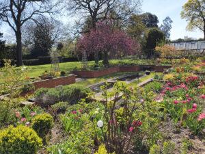 Manor Way sunken garden landscape for web